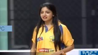 poonam-kaur-bowlingcricket-match-memu-saitam-event-live-memu-saitham