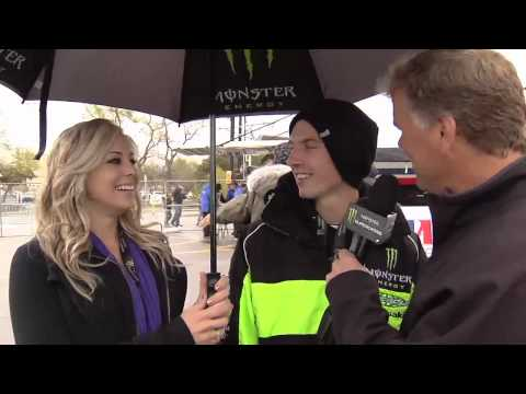 Supercross - Salt Lake City 2010 - Weimer and his Girlfriend
