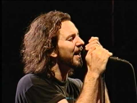 Pearl Jam - Last Kiss - Live - Argentina 2005-11-26 video