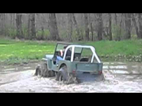 1947 CJ2A Willys Jeep Mudding