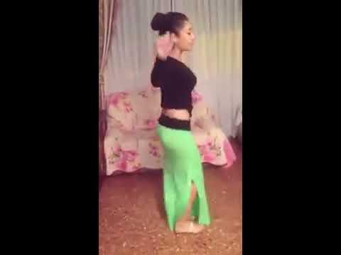 رقص شرقي مصري بنت اجنبية thumbnail