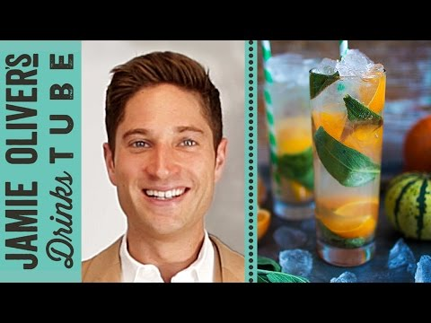 Clementine & Sage Mule Cocktail for Thanksgiving | Joe McCanta...