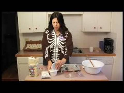 How to Make Sugar Skulls : Dry Ingredients for Making Sugar Skulls Video