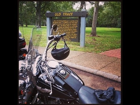 Mississippi on Two Wheels, Motorcycling the Natchez