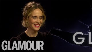 """Become A Nudist!"" Sarah Paulson's Hilarious Dating Advice & Elvis Impression"