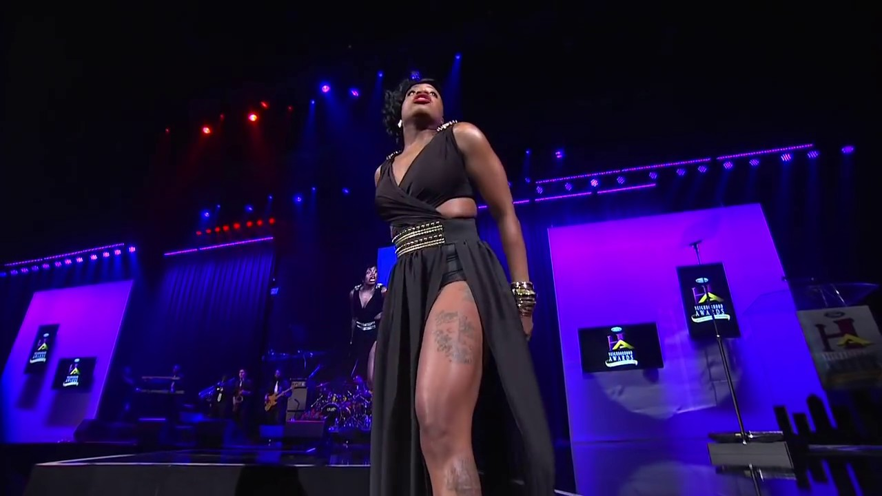 FANTASIA PERFORMS WHEN I SEE YOU AT STEVE HARVEY'S ...