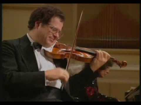 Itzhak Perlman - Antonio Bazzini - La ronde des Lutins - Op. 25 (HQ)