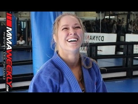 Ronda Rousey Warms Up by Tossing a Jiu-Jitsu Black Belt Image 1