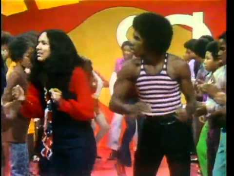 Soul Train LIne Dance to Curtis Mayfield Get Down