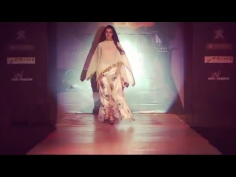 HOTTEST Fashion Show Ever | (Surat)Gujarat | The Textile Hub of India | must Watch