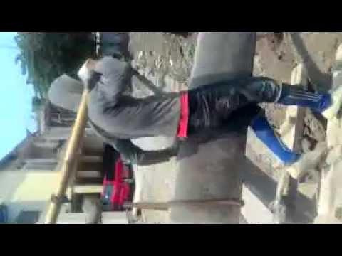 cara bongkar material panel beton precast