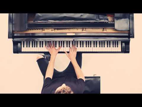 download lagu Charlie Puth - One Call Away Piana-Pella gratis