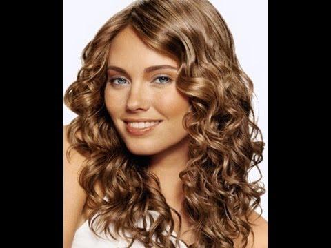 Piega capelli con piastra
