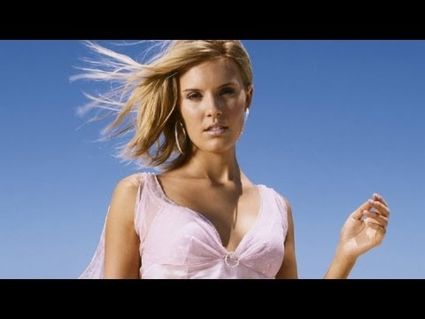 Maggie Grace in Space! - STUDIO SECRETS