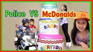 Pretend Play McDonalds Drive Thru VS Fake Police