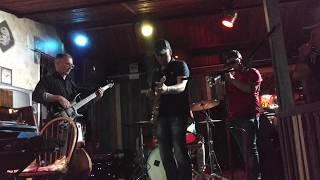 СерЧайкин Блюз -  Funny Bone - guitar solo - QuickBeeBar 23 05 2019