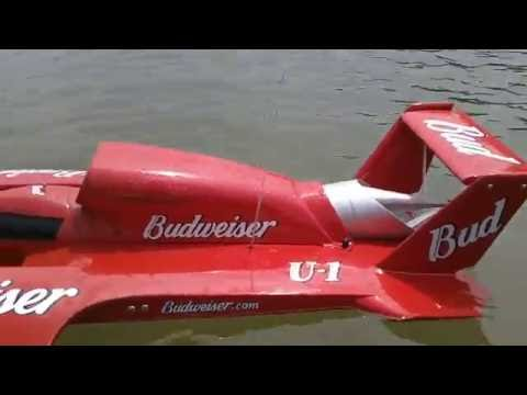 1:8 Scale Miss Budweiser RC Gas Powered Boat.