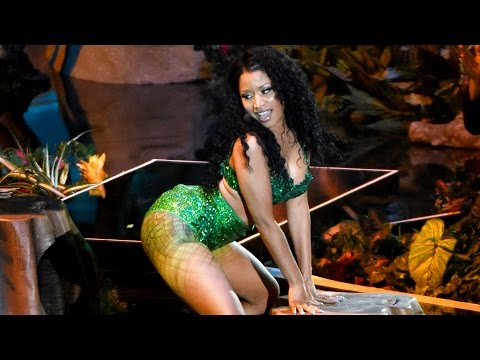 "Nicki Minaj Twerking ""Anaconda"" Performance MTV VMAs 2014"