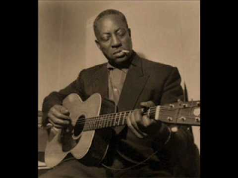 Big Bill Broonzy - Backwater Blues