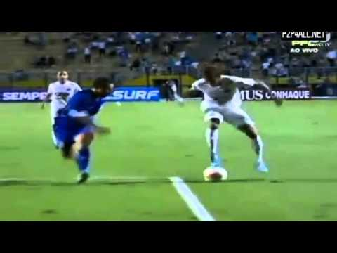 Neymar Crazy Skills Vs Sao Caetano 04.04.2013 video
