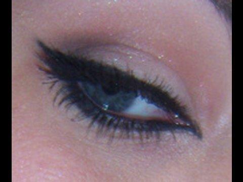 Pinup eye