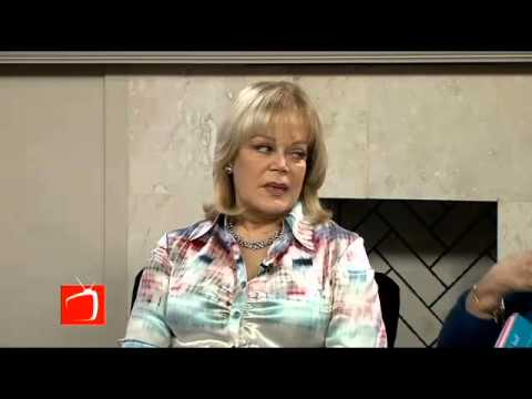 New York Times Best Selling Author Candy Spelling - Candy at Last
