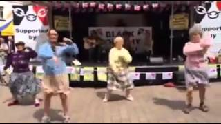 White woman bhangra dance