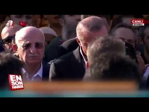 Cumhurbaşkanı RECEP TAYYİP ERDOĞAN gözyaşlarına boğuldu