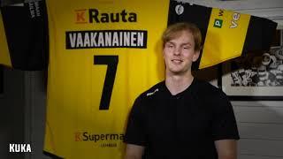 Pelaajakortit 2017-2018, Urho Vaakanainen