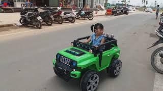 Bibabibo em tập lái ô tô - Gia Linh tập lái ô tô chở em Cò đi chơi