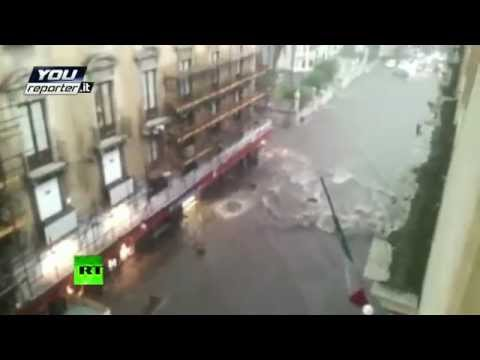 Italy & Greece FLOOD: HEAVY rainfall TURNING downtown street into river
