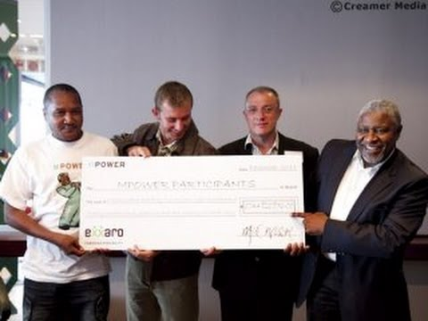 Exxaro gives R1bn to below-management workers