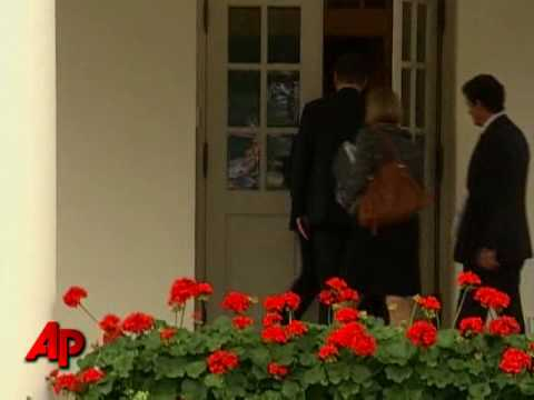 Raw Video: BP Officials Arrive at White House