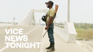 Video: Mexico: Vigilante groups enforce COVID Lockdown in the Community - Vice News