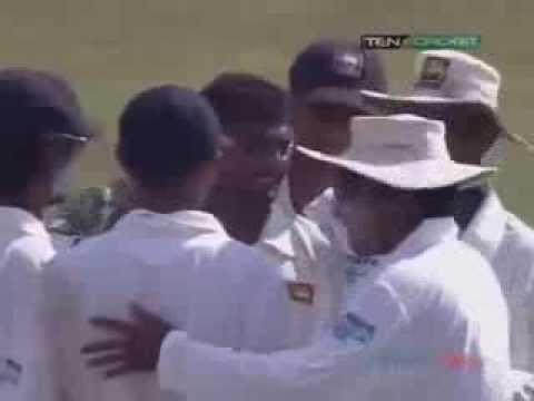 Muttiah Muralitharan   Australia v Sri Lanka 1st test at Galle 2004 best wicket