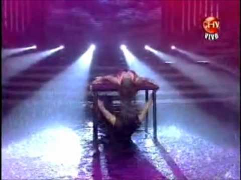 Baile Bajo la Lluvia - Valentina Roth FDB