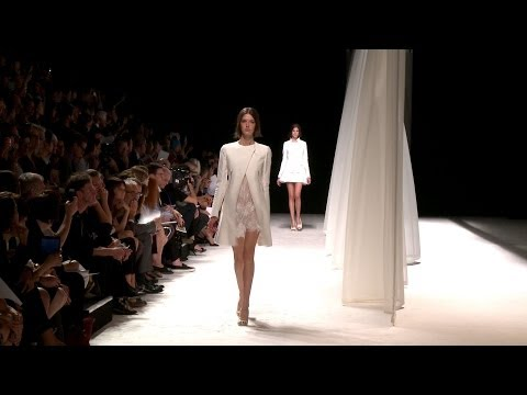 Nina Ricci Spring/Summer 2014 - Paris Fashion Week - Interviews & Runway - Videofashion