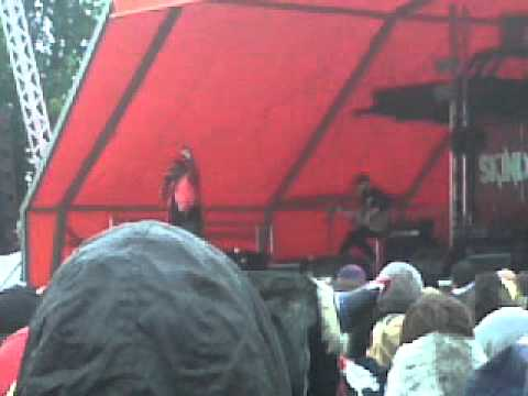 Skindred Pressure Acoustic Live At Download Festival 2012