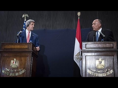 Kerry in Cairo to cement Egyptian 'key role' against ISIL
