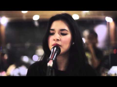 Raisa Live In Singapore - Preparation Part 3 video