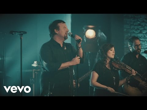 Download Casting Crowns - Here's My Heart (Live) Mp4 baru