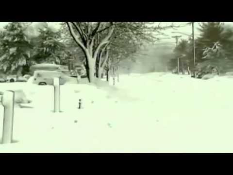 US Blizzard  Warnings Of Flash Flooding