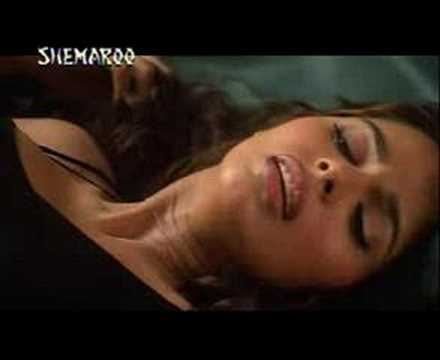 Murder, Mallika Sherawat video