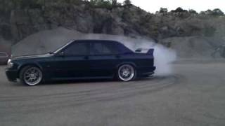 Mercedes 190e drift
