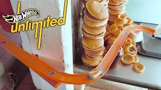 HOT WHEELS AND HOT MEALS | Hot Wheels Unlimited: Track Only Edition | Hot Wheels