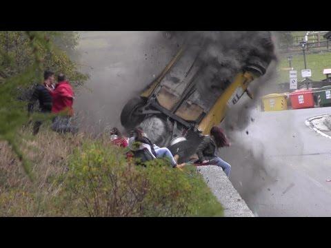 Espectadores burlan milagrosamente a la muerte en un accidente de rally