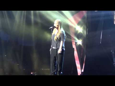 ESCKAZ live in Malmö:First dress rehearsal Final The Netherlands Anouk Birds