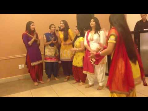 BOLIAN COMPETITION BOYS VS GIRLS (GIDHA bHANGRA)