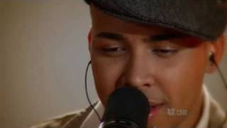 InStudio con Prince Royce: Rock the pants