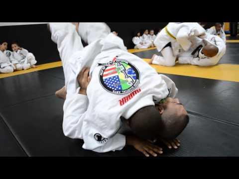 Kids BJJ Training Feb 2014   1